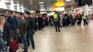 Queue at Glasgow airport