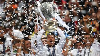 Ronaldo celebra