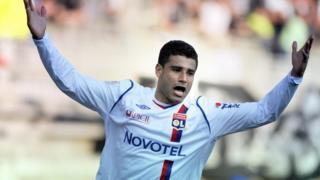 Ederson a signé en 2008 à Lyon, en provenance de Nice pour 15 millions d'euros.