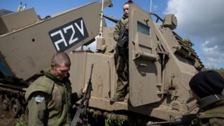 L'armée israélienne avait indiqué avoir frappé mardi des positions militaires du régime syrien sur le Golan