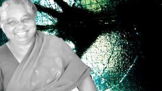 நகையை பறித்த திருடனுடன் போராடிய மூதாட்டி