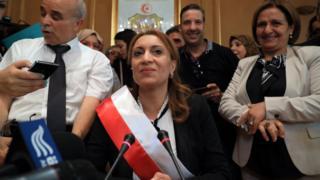 Souad Abderrahim a été élue ce mardi matin, maire de Tunis.