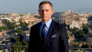 Craig don finally confirm to play spy for James Bond movie again