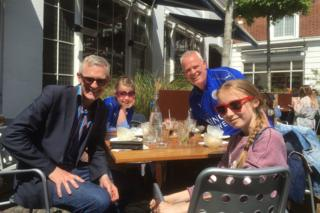 Jeremy Vine, Colin Hood and their daughters