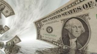 पैसे की सीढ़ी लगाकर कतार पार करते अमीर