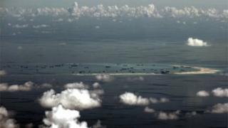 中国が南シナ海で建設した人工島