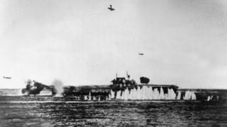 "Битва у Санта-Круз. ""Хорнет"" под ударами японских самолетов"