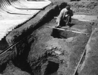 The excavation of a Roman kiln in Trent Vale in 1955