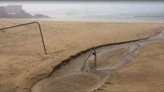 environment Porthminster Beach fencing