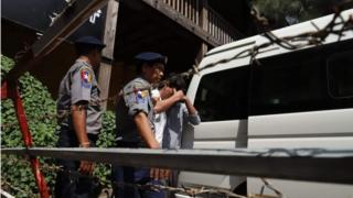 မန္တလေးမှာဖမ်းမိခဲ့တဲ့ အေအေ အဖွဲ့ဝင်တွေ ကိုရုံးထုတ်