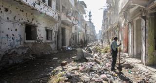 Homs debris