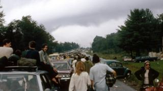 Crowds trying to get to Woodstock