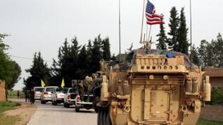 القوات الأمريكية تدعم وحدات الشعب الكردية في سوريا