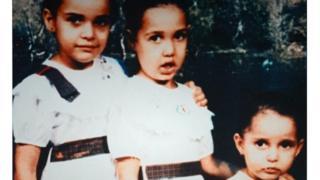 Джеки Салех просит британское правительство содействовать возвращению ее дочери из Йемена