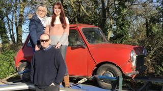 Daniel Fox with mum, sister and Mini