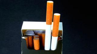 흡연 경고 그림 및 문구가 크면 클수록 경고 효과가 커질까?