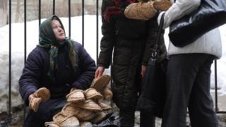 Kreml rossiyaliklarning qashshoqlashayotganini ko'rsatuvchi raqamlarga ishonmadi