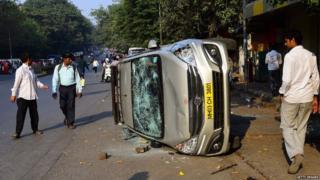 Dalit protesters vandalized vehicles at Vikroli LBS and demand arrested of Sambhaji Bhide and Milind Ekbote, on January 4, 2018 in Mumbai,