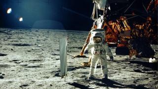 Базз Олдрін на Місяці