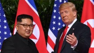 Kiongozi wa Korea Kaskazini na Rais wa Marekani Donald Trump