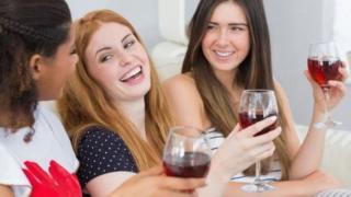 وقت کے ساتھ خواتین میں شراب نوشی کی عادت بڑھی ہے