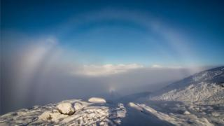 Fog bow, brocken spectre and inversion in Glen Coe