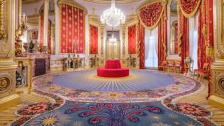 Axminster Carpets created a replica of the original Regency carpet in the Saloon at the Brighton Pavilion