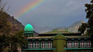 শ্রীনগরের উপকণ্ঠে একটি মসজিদ