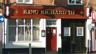 King Richard III pub in Highcross Street