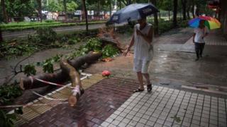 တရုတ်- ဟောင်ကောင်နဲ့ ဖိလစ်ပိုင်တို့မှာ ဝင်ခဲ့တဲ့ မုန်တိုင်း