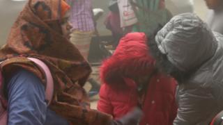 ঘুমের রেশ না কাটতেই স্কুল শুরু হয় ক্ষুদে শিক্ষার্থীদের