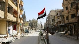 الآن نیروهای وفادار به حکومت سوریه کنترل دو سوم غوطه شرقی را از شورشیها گرفتهاند.