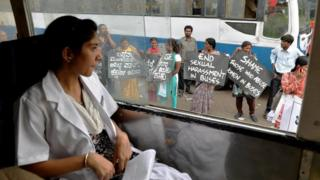 perempuan, india, kesetaraan gender, remaja laki-laki