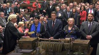 Reading out MPs' vote result