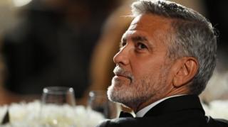 """George Clooney menyatakan bahwa peraturan baru yang menghukum mati LGBT di Brunei merupakan bentuk """"pelanggaran HAM"""""""