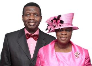 Pastor-Enoch Adeboye and his wife