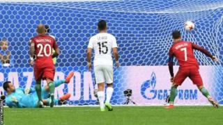 Les Portugais s'assurent ainsi la première place dans le groupe A alors que la Nouvelle-Zélande a enregistré une troisième défaite consécutive.