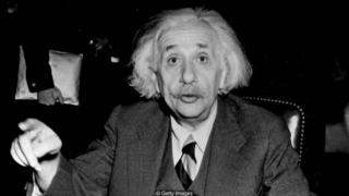 ไอน์สไตน์แนะนำให้ออกไปเดินเล่นบ่อย ๆ เพื่อให้สมองแจ่มใส