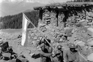 Indian soldiers on Haji Pir pass