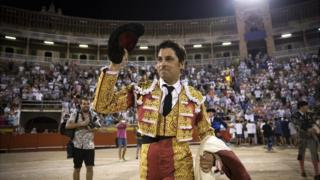 "Spanish matador Francisco Rivera Ordonez ""Paquirri"" waves after the bullfight at the Coliseo Balear in Palma de Mallorca on August 3, 2017"