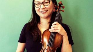 """عازفة الكمان """"مين كيم"""""""