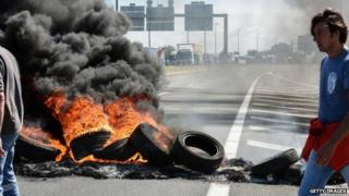 Burning tyres at previous protest by MyFerryLink workers