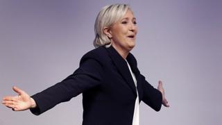 Marine Le Pen ngo ashobora gukura Ubufaransa mw'ishirahamwe rya Buraya