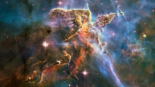Imagen del Telescopio Espacial Hubble de la Nebulosa de Carina, en la constelación Carina, a 7.500 años luz de distancia