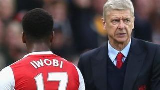 Iwobi amesema kila mtu anayejua historia ya Wenger hapaswi kumpinga