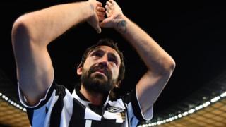Pirlo a remporté six titres de champions d'Italie dont quatre avec la Juventus Turin.
