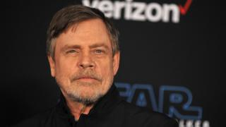 Facebook: Essential particular person Wars' Tag Hamill deletes story over political ads thumbnail