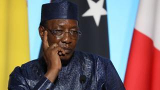 Le président Tchadien Idriss Deby a promis de rétablir les salaires des fonctionnaires.