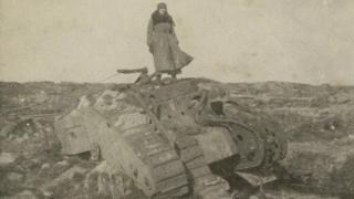 Mairi Chisholm photograph of Irene 'Winkie' Gartside-Spaight in No Man's Land in 1916
