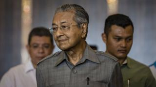 """Mahathir thừa nhẫn ông đã có những hành động """"độc tài"""" trong quá khứ"""
